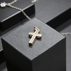 a63388c9fcf 18 mejores imágenes de Cruces de oro en 2019
