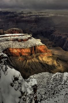 Snow on Grand Canyon, Grand Canyon National Park, Utah, United States.