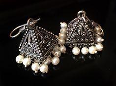 PEARL JHUMKA Earrings,Pyramid earrings,SILVER Jhumkas Ethnic ,Silver tribal Jhumkis,Indian Jewellery Bell earrings by Taneesi by taneesijewelry on Etsy Fancy Jewellery, Silver Jewellery Indian, Indian Wedding Jewelry, Indian Earrings, Trendy Jewelry, Cute Jewelry, Silver Jewelry, Fashion Jewelry, Silver Ring