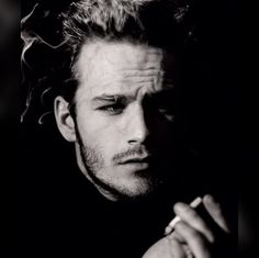 Brandon Walsh, Actors Then And Now, Luke Perry, Beverly Hills 90210, Man Smoking, Cameron Boyce, Hollywood Celebrities, Beautiful Soul, No One Loves Me