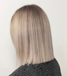 Best Blunt Bob hairstyles for the year 2019 Best Blunt Bob hairstyles for the ye. Best Blunt Bob h Blonde Blunt Bob, Blonde Bobs, Ash Blonde, Blunt Lob, Blunt Cuts, Medium Hair Cuts, Short Hair Cuts, Short Hair Styles, Blunt Haircut Medium