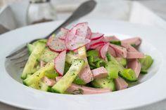 Gurken-Wurst-Salat