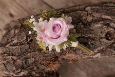 groom's boutonniere by EvaFleurs on Etsy Groom Boutonniere, Fall Flowers, Flowers In Hair, Flower Head Wreaths, Hair Comb Wedding, Flower Crown, Rose, Floral