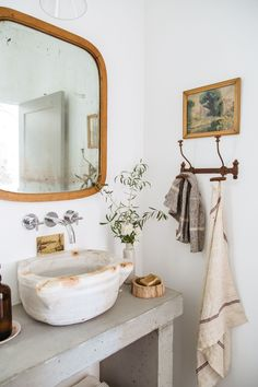 Modern Rustic Studio Bath - New Deko Sites Bad Inspiration, Bathroom Inspiration, Bathroom Ideas, Bathroom Goals, Bathroom Inspo, Bathroom Colors, Bath Ideas, Bathroom Organization, Design Your Home