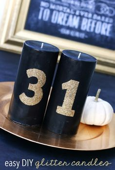 Make these DIY #glitter candles using Mod Podge and a stencil - an easy #Halloween decoration or any other holiday! www.sisterssuitcaseblog.com