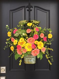 Spring Door Decor, Spring Wreath for Front Door, Gerber Daisy Wreath, Yellow Daisy Wreath, Wreaths for Spring, Spring Door Wreaths, Wreaths by twoinspireyou on Etsy https://www.etsy.com/listing/268526374/spring-door-decor-spring-wreath-for #DIYHomeDecorSpring