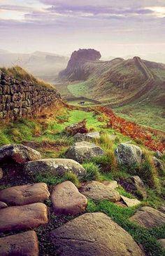 Autumn at Hadrian's Wall/Scottish Border (Outono na Muralha de Adriano/Fronteira da Escócia. Última fronteira do Império Romano.