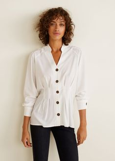 Flowy fabric Mao neckline Long sleeve with buttoned cuffs Ruched waist Pleats detail Contrast button fastening Mango Outlet, Pull & Bear, Basket Style, Shirt Blouses, Shirts, Zara, Mango Fashion, Mode Online, Fashion Online