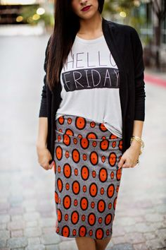This jacquard Lularoe Cassie pencil skirt makes me melt. The orange and grey dotted printed is gorgeous. I love it paired with a black blazer and this Hello Friday t-shirt.