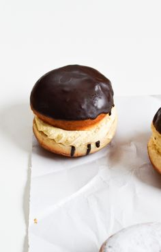 chocOlate vanilla cream doughnuts
