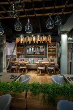Restaurant Murakami, London by Seventh Studio Restaurant Interior Design, Shop Interior Design, Industrial Restaurant, Restaurant Bar, Cafe Concept, Design Café, Café Bar, Cafe Bistro, Coffee Shop Design