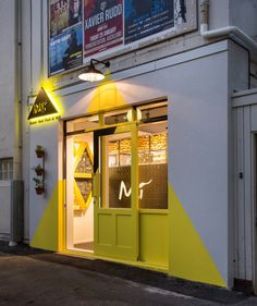 Mì, fusion Vietnamese food to go by RCG, Auckland New Zealand fast food Signage Design, Cafe Design, House Design, Storefront Signs, Coffee Shop Design, Retail Store Design, Restaurant Interior Design, Design Furniture, Visual Merchandising