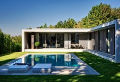 Braga House 1 - Casa do Passadiço Grass around pool, so soft & soothing Pool House Plans, Modern House Plans, Minimalist House Design, Minimalist Home, Modern Villa Design, Casas Containers, Modern Pools, Facade House, Modern Architecture