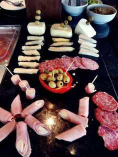 Plato de carnes frías y quesos