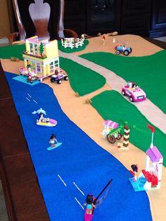 Lego Friends theme play mat Lego Friends Storage, Lego Friends Sets, Lego Play Mat, Play Mats, Games For Kids, Diy For Kids, Ikea Toy Storage, Kitchen Storage, Ikea Toys