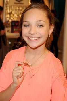 Maddie Ziegler at the Grammys!