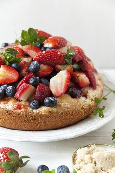 Receta:Virginia Sar/Torta de frutillas y arándanos