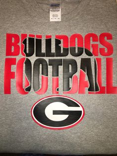 Short sleeve Georgia Bulldogs shirt
