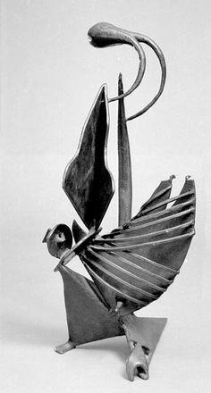 David Smith Sculpture   http://www.lakegeorgemirrormagazine.com/wp-content/uploads/2011/01/davidsmithSculpture.jpg