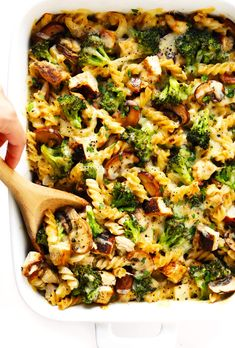 healthier Broccoli Chicken Casserole recipe is made with your choice of pasta, tender chicken and broccoli, and the most delicious creamy cheddar mushroom sauce. It's modern comfort food at its best! Comfort Foods, Healthy Comfort Food, Cooking Chicken To Shred, Oven Chicken, Raw Chicken, Chicken Cordon, Grilled Chicken, Baked Chicken, Beef Bourguignon