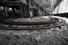 42 Staggering Photos Of Abandoned Detroit