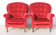 2 Vintage Wingback Buttonback Lounge Chairs with Queen Anne Feet Condition:  Used  2 Vintage Wingback Buttonback Lounge Chairs with Queen Anne Feet  size per chair: 800 L x 700 W x 800 H  R7500 for both  Cell 076 706 4700  Tel 021 - 558 7546  www.furnicape.co.za  0601
