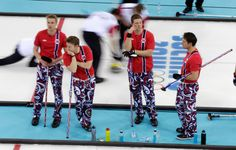 Norway's curling team brings back the crazy pants Crazy Outfits, Nike Outfits, Casual Outfits, Girl Fashion Style, Sport Fashion, Olympic Curling, Crazy Pants, Swimsuits 2014, Sport Body