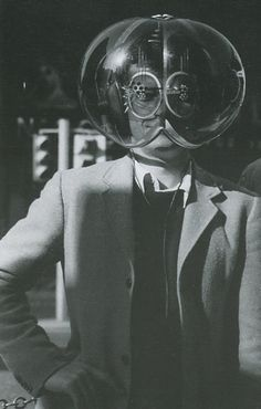 the 2020 DIY Lampshade Survival Helmet . the lights are on . Old Pictures, Old Photos, Vintage Photographs, Vintage Photos, Science Fiction, Weird Vintage, We Are The World, Weird World, Photomontage