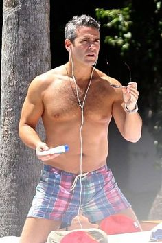 Andy Cohen Photos Photos - Andy Cohen goes shirtless while relaxing poolside at Miami Beach. - Andy Cohen Vacations in Miami Hottest Male Celebrities, Celebs, Oscar 2017, Beefy Men, Hairy Chest, Mature Men, Famous Men, Hairy Men, Muscles