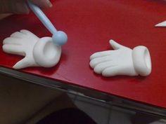 МК лепка Пиноккио, Сверчок Джимини -gumpaste (fondant) Pinocchio, Jiminy Cricket figure making tutorials - Мастер-классы по украшению тортов Cake Decorating Tutorials (How To's) Tortas Paso a Paso