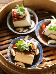 I had some leftover soft tofu, which needed using up. This was scrumptious and super easy to make. I didn't have rice wine, so uses a splash of rice vinegar. Ate with a stir fry...so nummy!