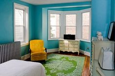 Unusual but great color mixing #color #bedroom #paint