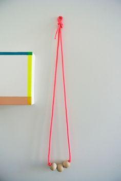 Neon DIY necklace
