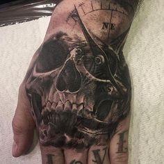 Full Hand Tattoo, Small Hand Tattoos, Hand Tats, Hand Tattoos For Women, Large Tattoos, Scary Tattoos, Up Tattoos, Body Art Tattoos, Cool Tattoos