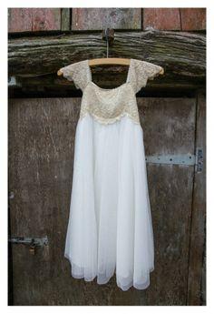 Beautiful lace bridesmaids dress Mckenzie Brown Photography » Wedding Photography Blog