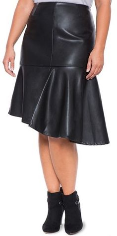 b225ccf5fd0b Plus Size Asymmetrical Flare Faux Leather Skirt