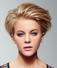 Quick Female Hairstyles - http://www.creativeideasblog.com/hairstyle-ideas/quick-female-hairstyles.html