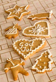 Pepperkaker: Pepperkaker bør være en av de 7 slagene i julebaksten til jul og den beste pepperkakedeigen lager du selv.