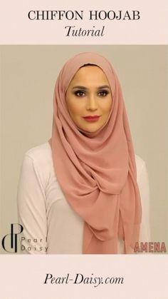 Pink Chiffon Hijab Style : Amena Khan styles a pink chiffon Hoojab from Mode Turban, Turban Hijab, Modern Hijab Fashion, Abaya Fashion, Fashion Fashion, Fashion Outfits, Hijab Style Dress, Hijab Outfit, Abaya Style