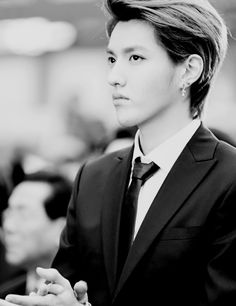 KRIS HANDSOME. BLACK AND WHITE.