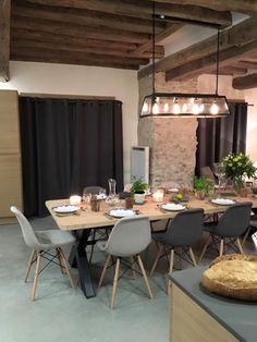 Salle à manger style campagne, grande table, style déco industrielle  http://labottesecrete.fr/