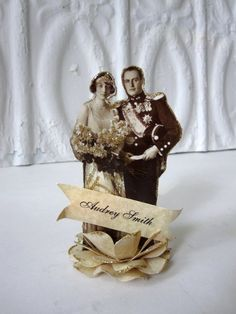 Escort Card, Placecard, Favor, Cupcake Topper Vintage Bride and Groom Photograph