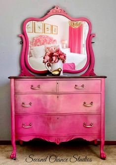 Faded Splendor – Second Chance Studios Decor, Funky Furniture, Redo Furniture, Upcycled Furniture, Home Decor, Paint Furniture, Furniture Makeover, Vintage Furniture, Shabby Chic Furniture