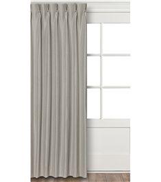 Gordijnen voor de slaapkamer. Grijs met een lichte zilveren glans. HEMA posada grey