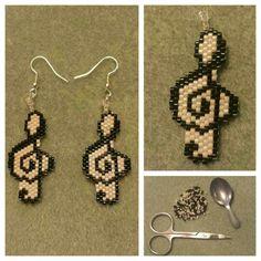 Treble clef,  (clave de sol) delica beads earings