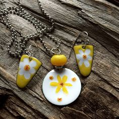 Yellow and White Floral Copper Enamel Earring, Necklace Set