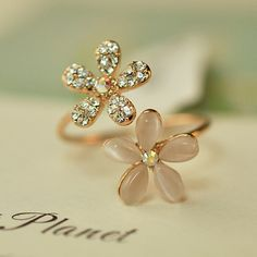 Opal Double Daisy Flower Adjustable Ring Cute Brand Design Rhinestone Hot Sale Rings For Women Fine Jewelry Anel 2015 New PD22-in Rings from Jewelry on Aliexpress.com | Alibaba Group
