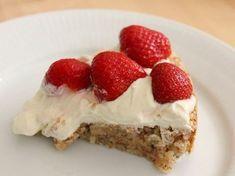 Danish Dessert, Danish Food, Sweet Recipes, Cake Recipes, Dessert Recipes, Magic Chocolate Cake, Cooking Cookies, Summer Cakes, Bread Cake