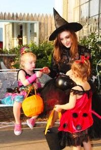 Halloween Tips for Kids with Autism Spectrum Disorders http://www.autismspeaks.org/blog/2013/10/22/halloween-tips-kids-autism-spectrum-disorders