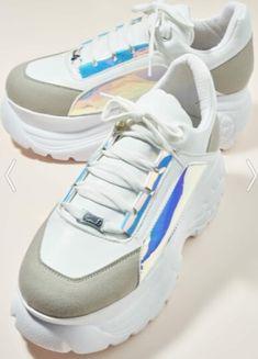 Bambi parlak uzaylı gümüş detaylı yüksek topuk spor ayakkabısı modeli Bambi, Balenciaga, Adidas Sneakers, Model, Fashion, Moda, La Mode, Scale Model